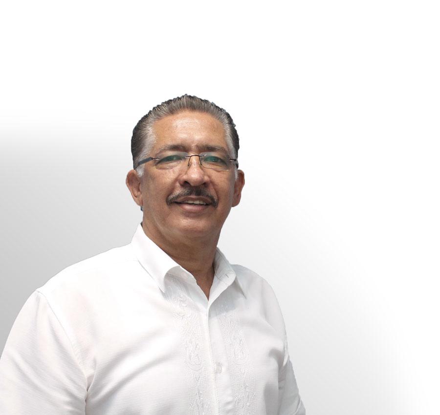 Licenciado Heriberto Rivera - Consultor Migratorio